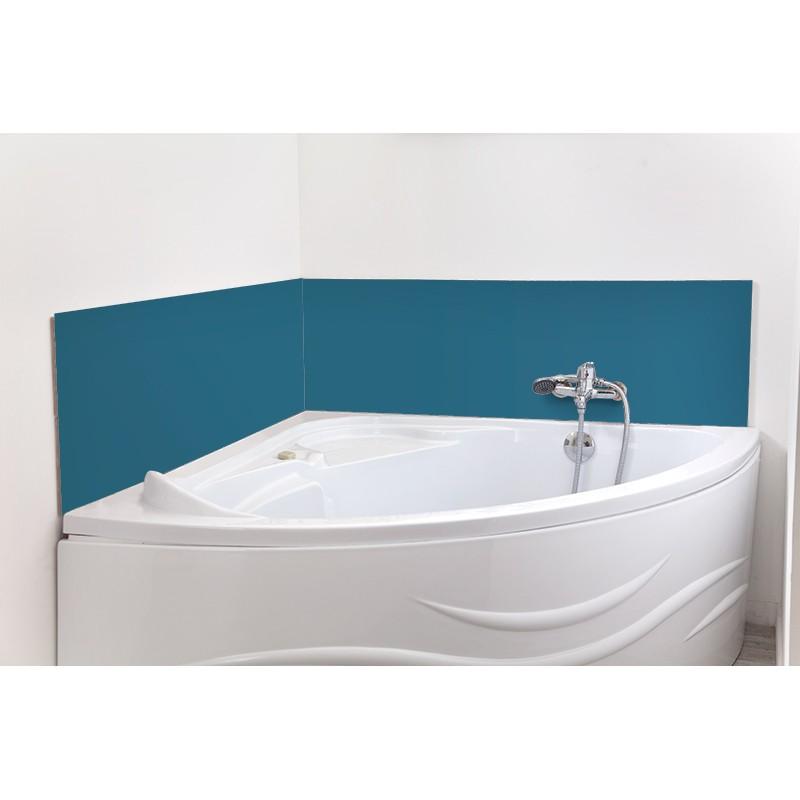 cr dence de baignoire bleu acier rev tement baignoire uni. Black Bedroom Furniture Sets. Home Design Ideas